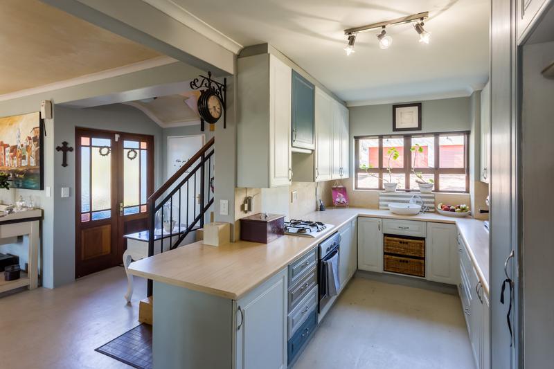 Property For Sale in Zevendal, Kuilsriver 16