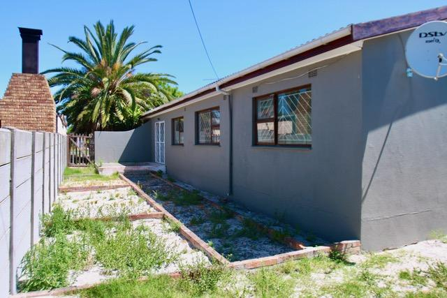 Property For Sale in St Dumas, Kuilsriver 3