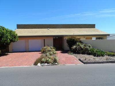 Property For Sale in Yzerfontein, Yzerfontein