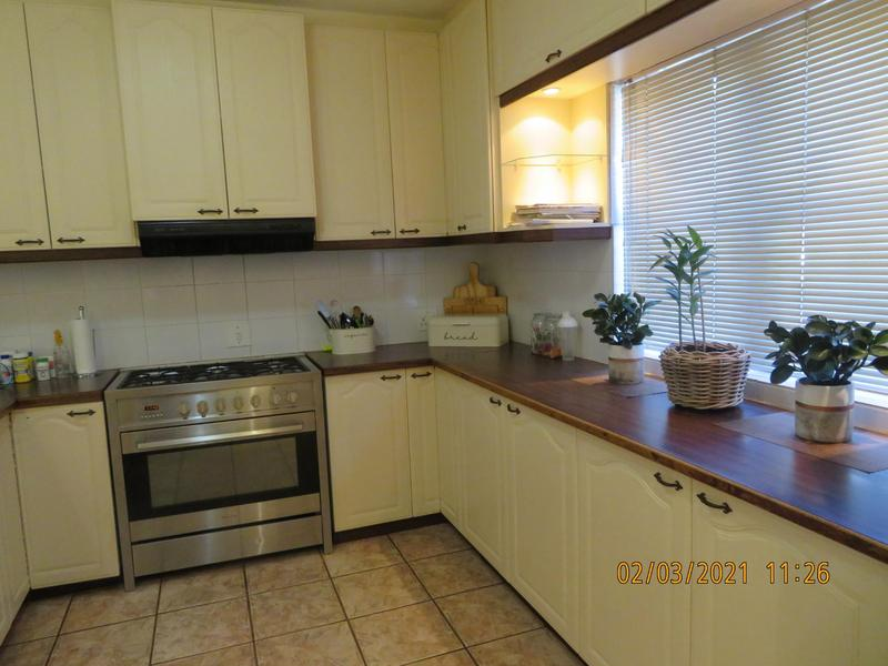 Property For Sale in Zevendal, Kuilsriver 17
