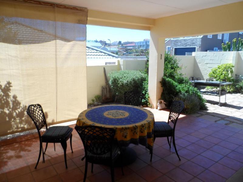 Property For Sale in Yzerfontein, Yzerfontein 14